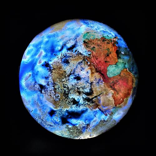 Gerhard Knolmayer, Der blaue Planet errötet, Nature: Earth, Symbol, Expressive Realism, Abstract Expressionism
