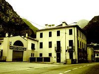 Eva-Caroline-Dornach-Buildings-Houses-Decorative-Art-Contemporary-Art-Contemporary-Art