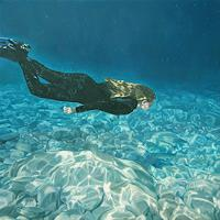 Jennifer-Walton-People-Nature-Water-Contemporary-Art-Contemporary-Art