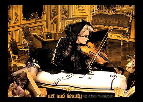 Liona Toussaint, art and beauty, Miscellaneous Music, People: Women, Photo-Realism