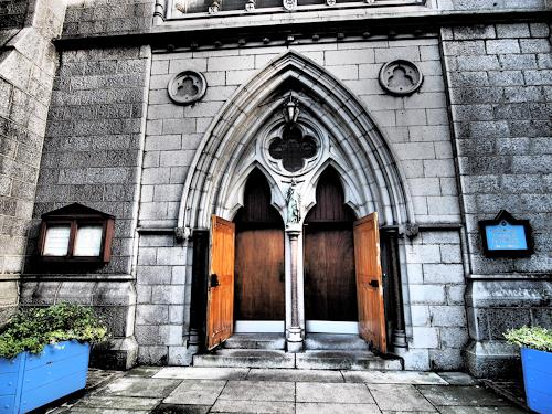 Sankofa, invitation, Belief, Buildings: Churches, Hyperrealism