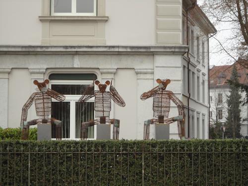 e.w. bregy, eisenplastik: die drei weisen Affen, Symbol, Contemporary Art, Abstract Expressionism