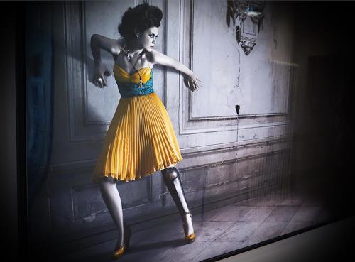 Arie Wubben, Mata Hari, People: Women, Mythology, Photo-Realism, Abstract Expressionism