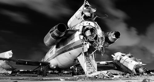 Arie Wubben, Flugzeug Friedhof 3, Mythology, Traffic: Plane, Contemporary Art